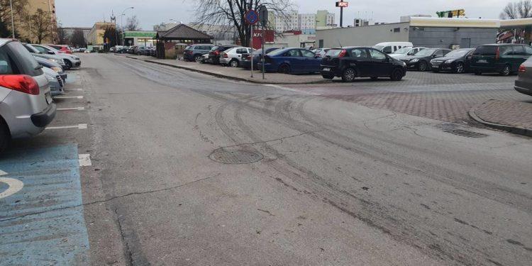 Planują modernizację drogi osiedlowej przy Al. JP II i ul. Wyszyńskiego Sztafeta.pl