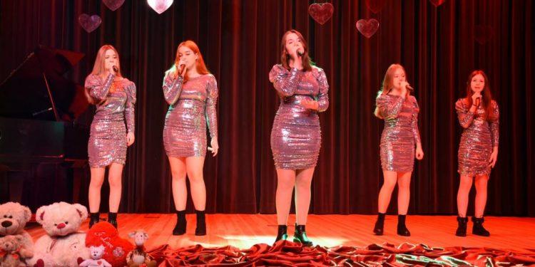 Śpiewali o miłości Sztafeta.pl