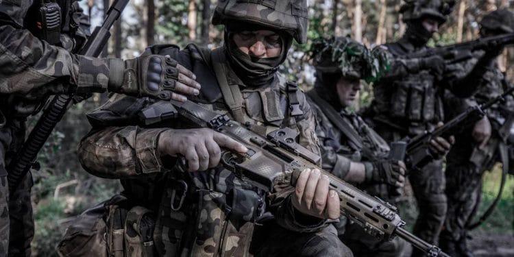 Rusza szkolenie terytorialsów w Nowej Dębie Sztafeta.pl