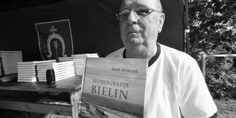 Józef Mroczek podczas promocji Monografii Bielin